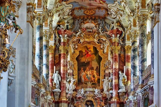 Church Interior2