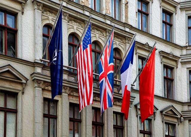 Five Flags_Oil Paint